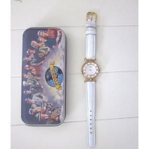 Vintage Mother of Pearl FOSSIL Watch